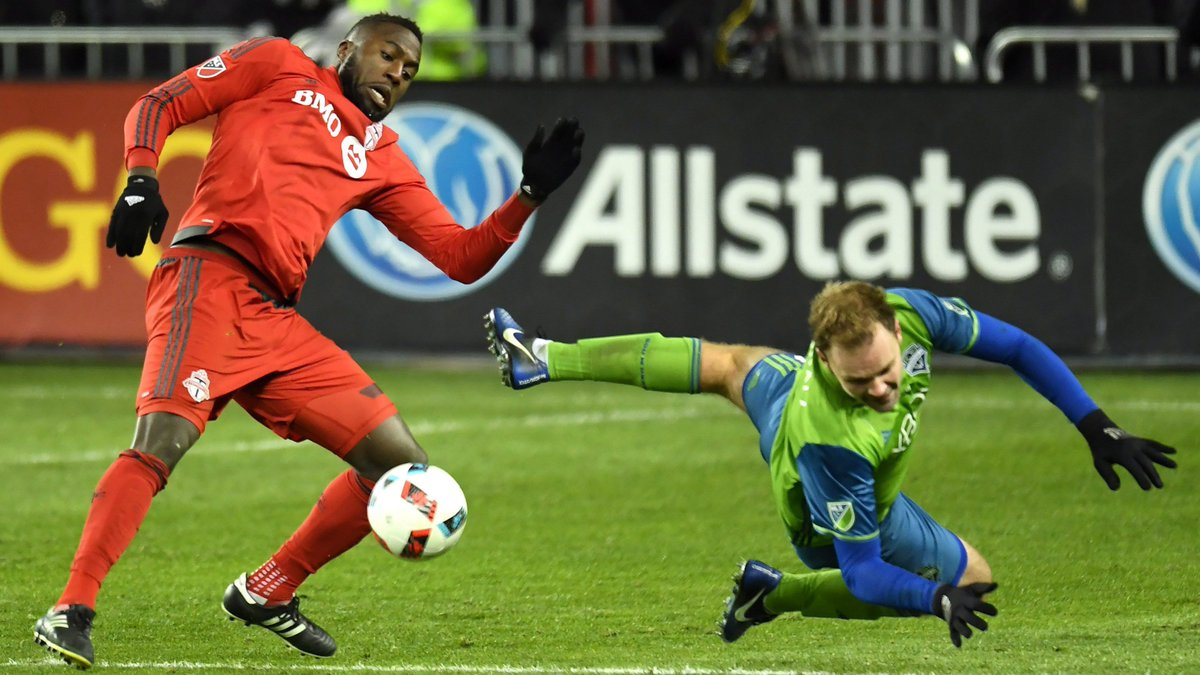 After tight match, Toronto FC loses MLS Cup to Seattle Sounders