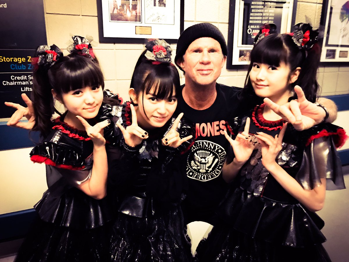 Are you ready #Birmingham @GentingArena @ChiliPeppers?! #BABYMETAL 's show starts at 7;30pm! #UK ...