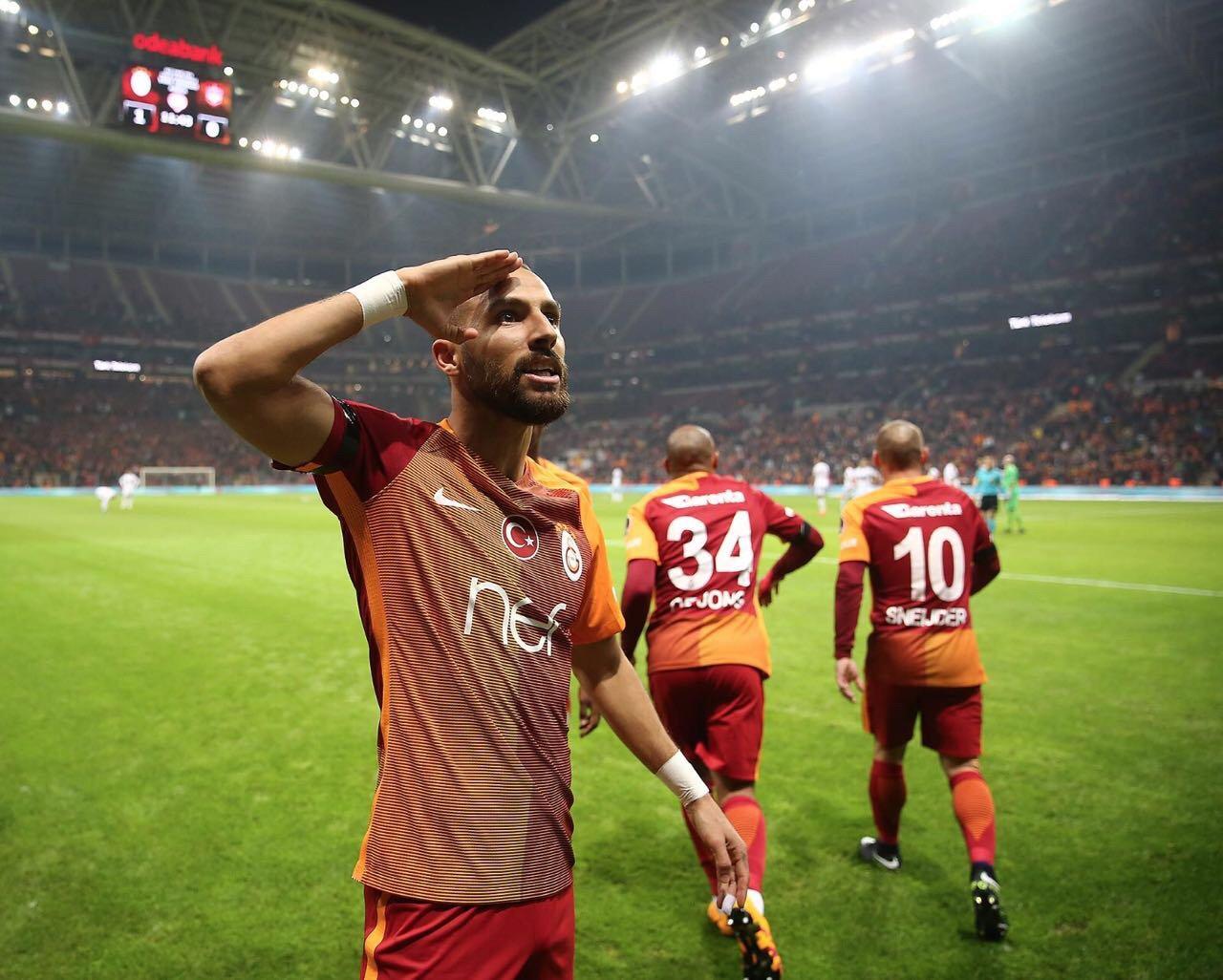 Hangi takımı tutarsan tut, ağlatan gol... Yasin Öztekin �� #ŞehitlerÖlmez https://t.co/LwIwj663zy