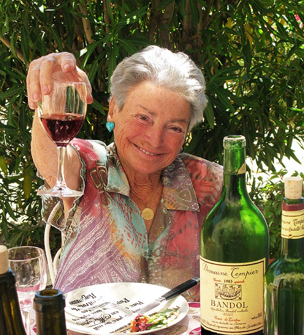 Join us today in wishing a happy 99th birthday to Mme. Lulu Peyraud!!! #Tempier #Bandol https://t.co/ExY8O5h7QN