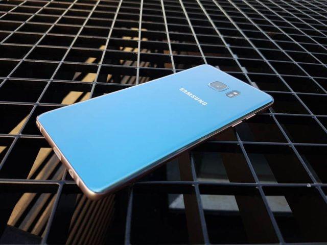 Samsung : la batterie des Galaxy Note 7 va tomber à 30% au Royaume-Uni https://t.co/eT9Reuj72f https://t.co/RHGg89sruw