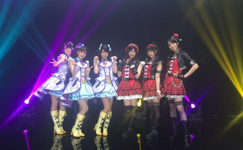 いえい!!RT : 【カウントダウン:上海ライブ開催!】いよいよ上海ライブスタートまで1時間を切りました!!皆さん準備は