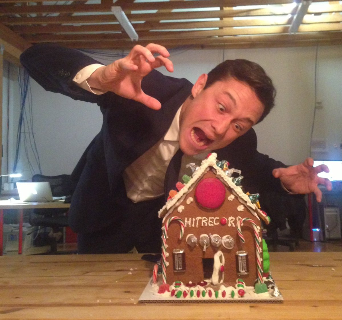 Apparently today is #NationalGingerbreadHouseDay, so here's a pic of me about to annihilate one a few years ago... https://t.co/NjjnOXg3JJ