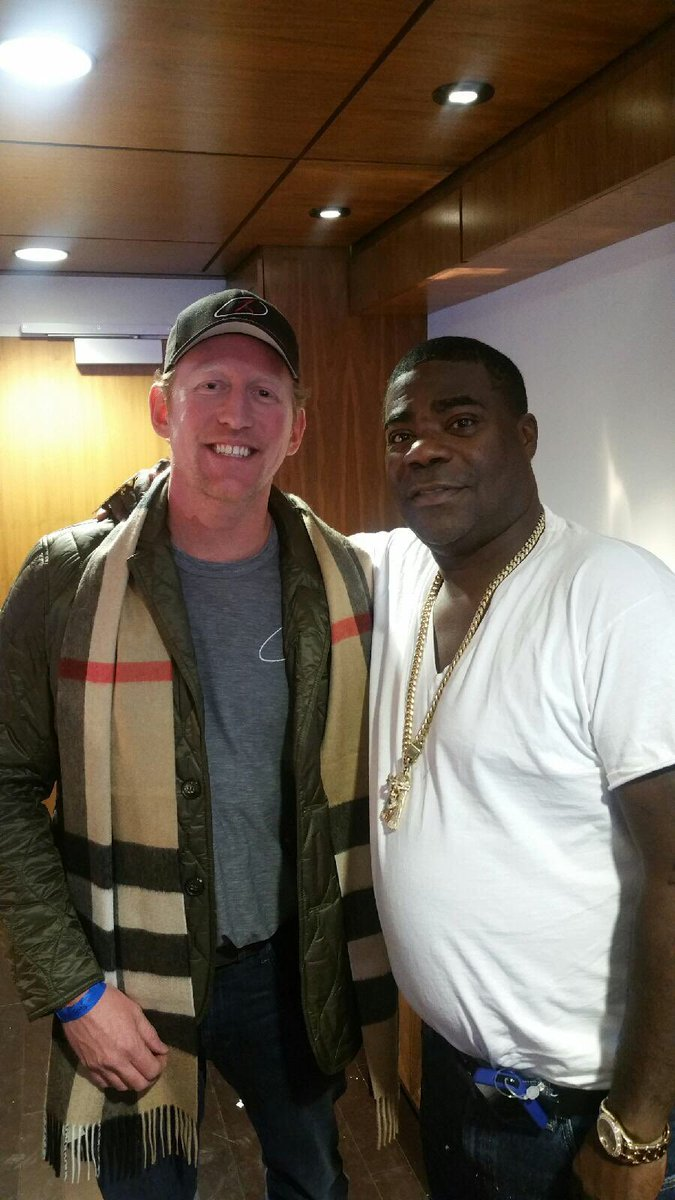 It was an honor meeting and hanging out with such an inspirational man.  @mchooyah is a HERO!! https://t.co/vaF5IQ5n7y