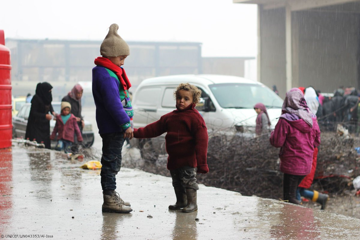 #Aleppo: We urge all parties to the conflict to allow the safe and immediate evacuation of all children https://t.co/ZvwkFhmdAE