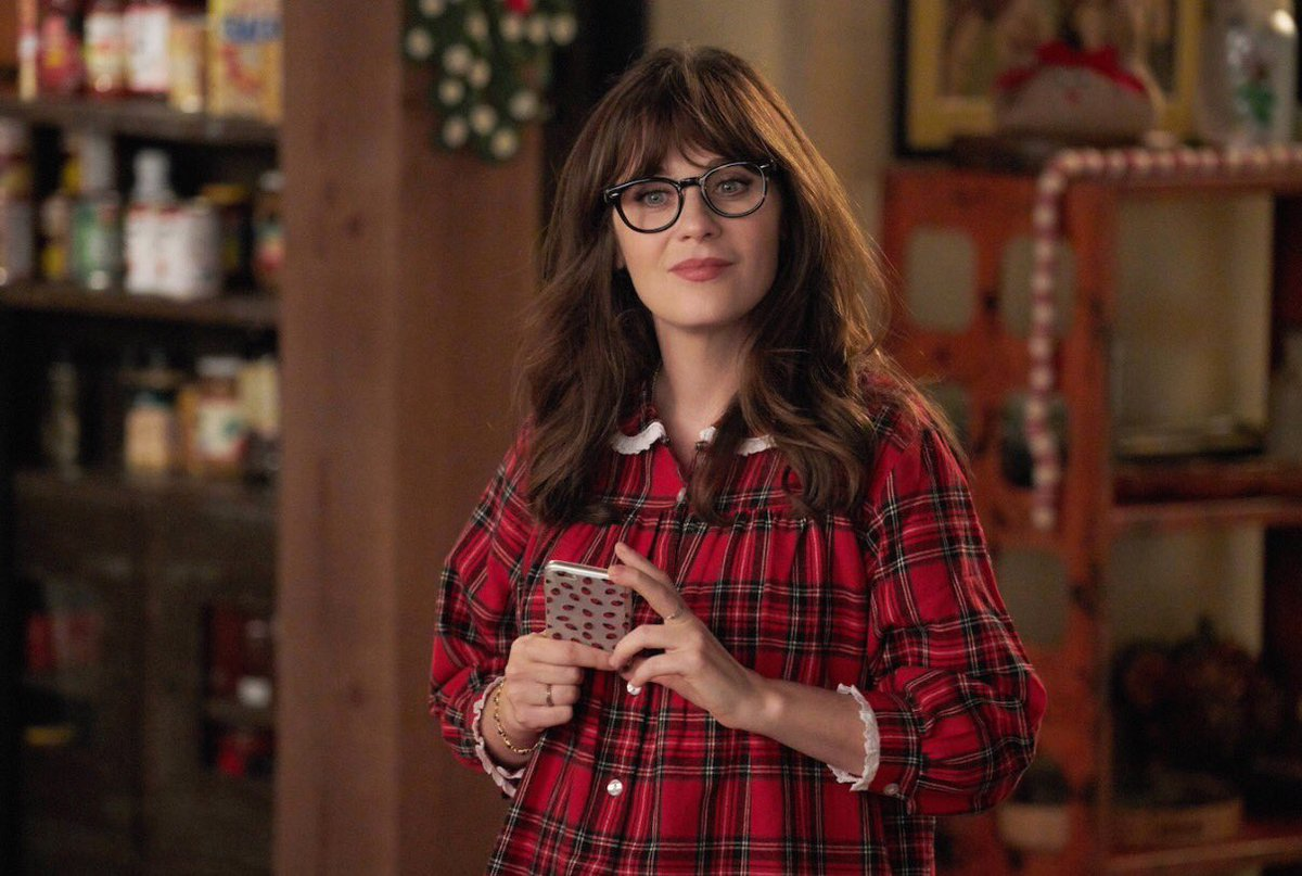 New girl Holiday episode is on tonight! https://t.co/aCqeikocYz