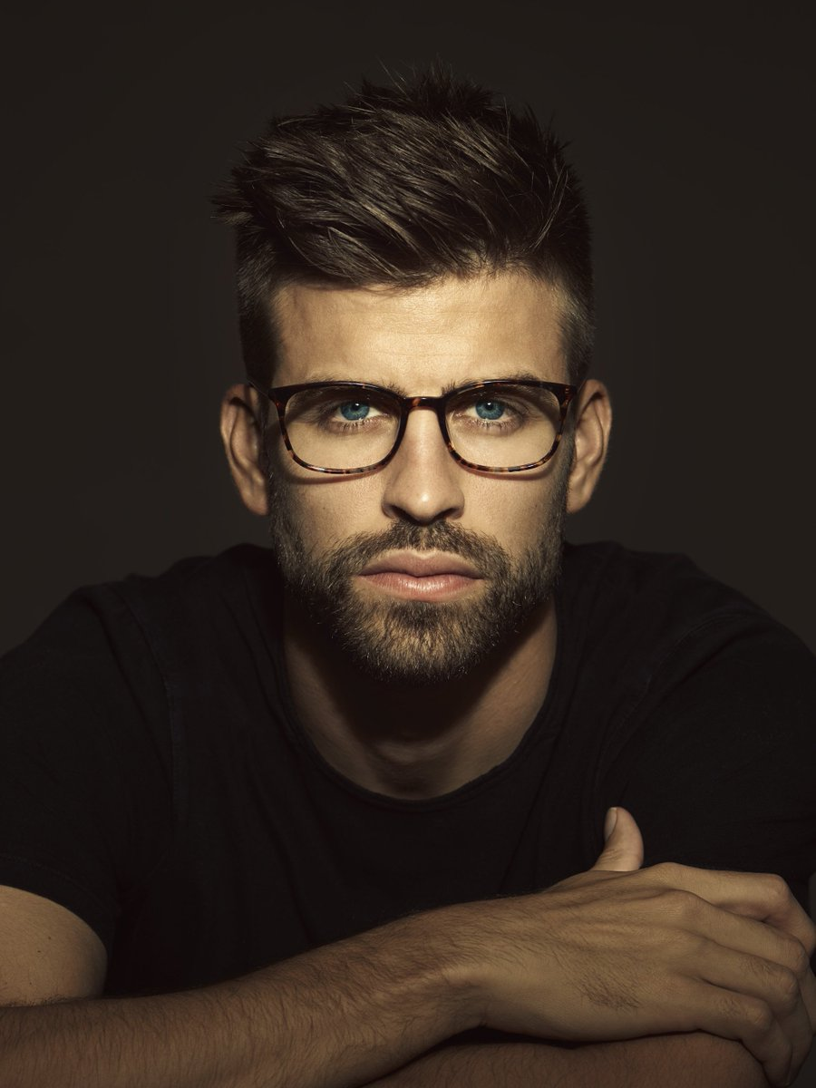 Gerard piqué wearing new kypers glasses for the 2017 optical