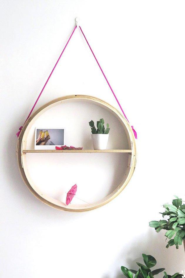 10 ideas para hacer estantes colgantes DIY