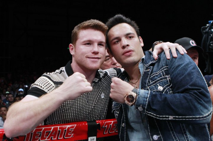 Canelo vs. Chavez Jr. in Talks For May 6 - at 165-Pounds https://t.co/dYomCv0bT5 #boxing https://t.co/CnYJetmVZC