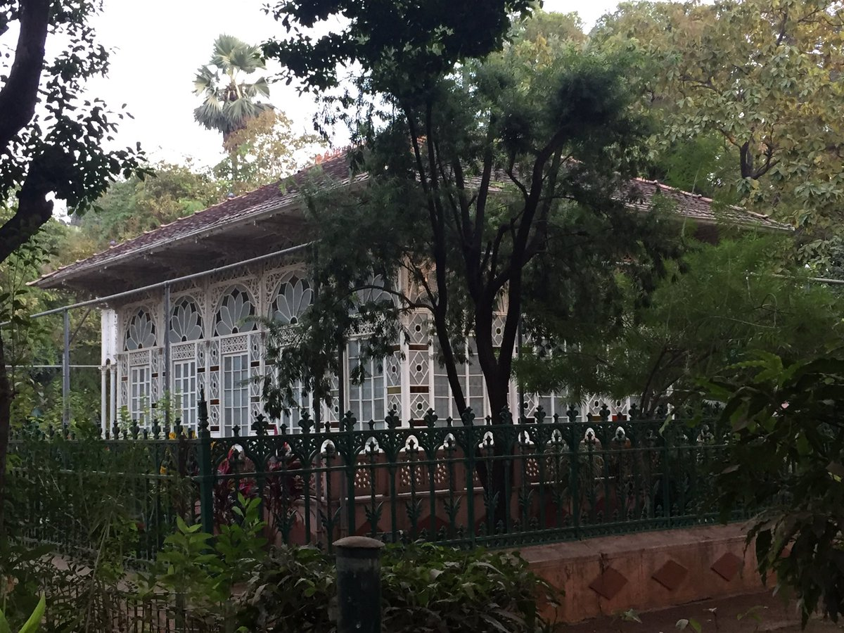 The superb glass house at the centre of Rabindranath Tagore's Shanti Niketan https://t.co/wiJr65V2DY