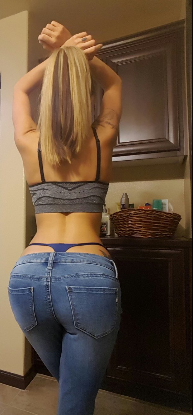 RT if you like my ass in jeans 🍑💦 https://t.co/f4tWhvsmLF
