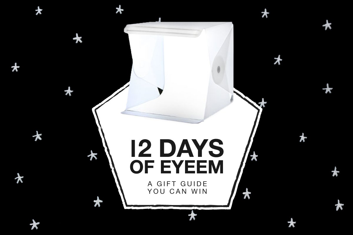 ✨ On the 5th day of #12DaysOfEyeEm, my true love sent to me... 2 x Foldio pop-up studios! ❤️ & RT to win your own ✨ https://t.co/1fkU26lUpy