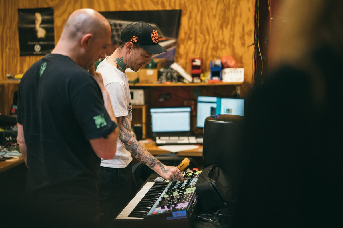 RT @moogmusicinc: Making waves at the #MoogFactory with @deadmau5 ???? https://t.co/6iN86iGiNt