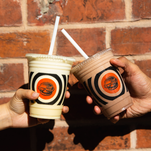 Hand-made. Creamy. Delicious.    #SouthStBurger #BetterShakes https://t.co/9bDmg0P37A
