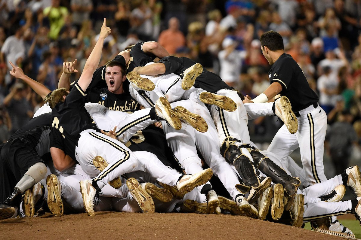 #FiveYearChallenge  2014 ⏩ 2019  #CWS | @VandyBoys https://t.co/wujlrhzF4m
