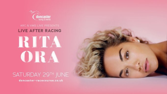 So ready to get back out there this weekend! @DoncasterRaces you ready?? ❤️???????? https://t.co/ONBABGxxAv
