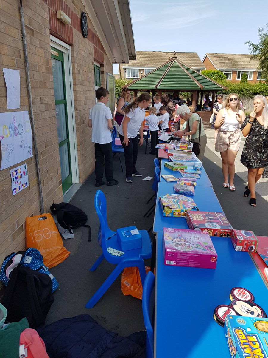 test Twitter Media - What good sports the staff at Hollywood are! Getting soaked to help raise money for the Year 6 leavers' party. A great turn out at Hollywood's Summer Fair - thanks to the volunteers of Friends of Hollywood for all their hard work. Watch this space for raffle/prize results! https://t.co/ujKd40Md6F