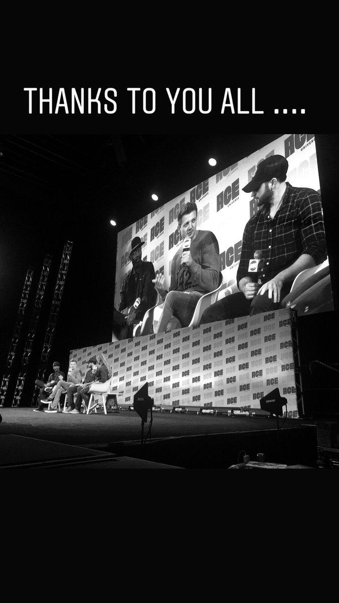 Yes @ChrisEvans @DonCheadle  comic con panel fun !!!! https://t.co/r6iK4lEYVB