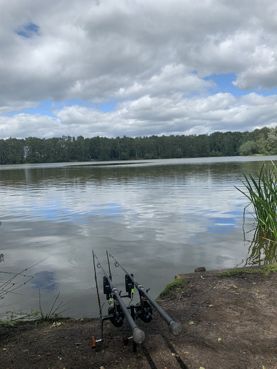 Actually managing to get the old <b>Rods</b> out 😝 #carpfishing #carpy https://t.co/2OUrjd5A0Q