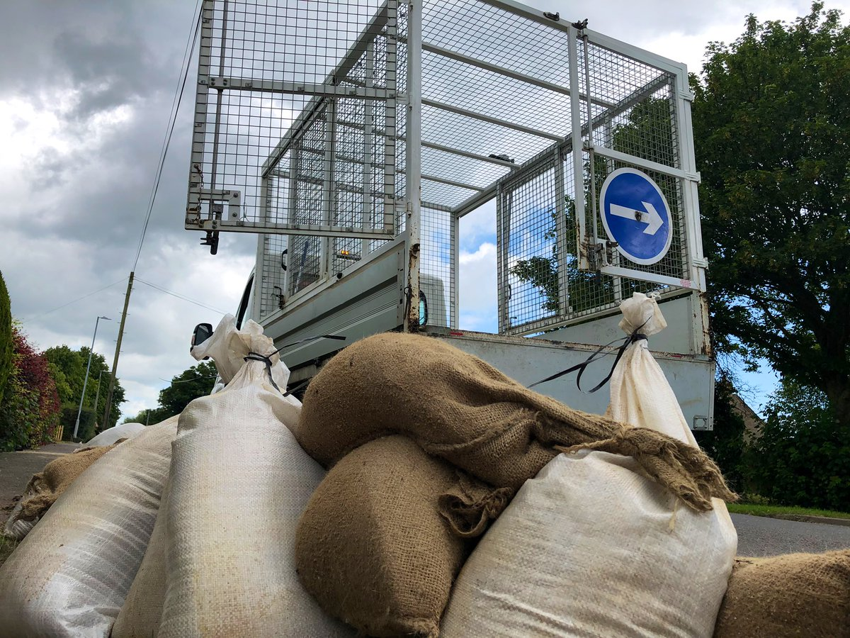 test Twitter Media - Out collecting sand bags in #wainfleetfloods @EastLindseyDC are busy moving the used bags to help bring normality back to the village, watch @HelenSteelITV report on @itvcalendar https://t.co/3OAi4RW3ld
