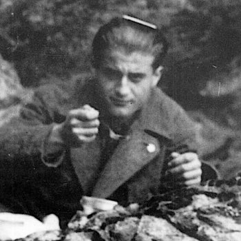 "test Twitter Media - Happy Feast of Bl Pier Giorgio! Here comb in hair, he's climbing to the top. He once wrote ""Unfortunately earthly friendships produce sorrow in our hearts because of the departure of those we love but I'd like us to pledge a pact that knows no earthly boundaries: Union in prayer"" https://t.co/3V28qS8M3W"