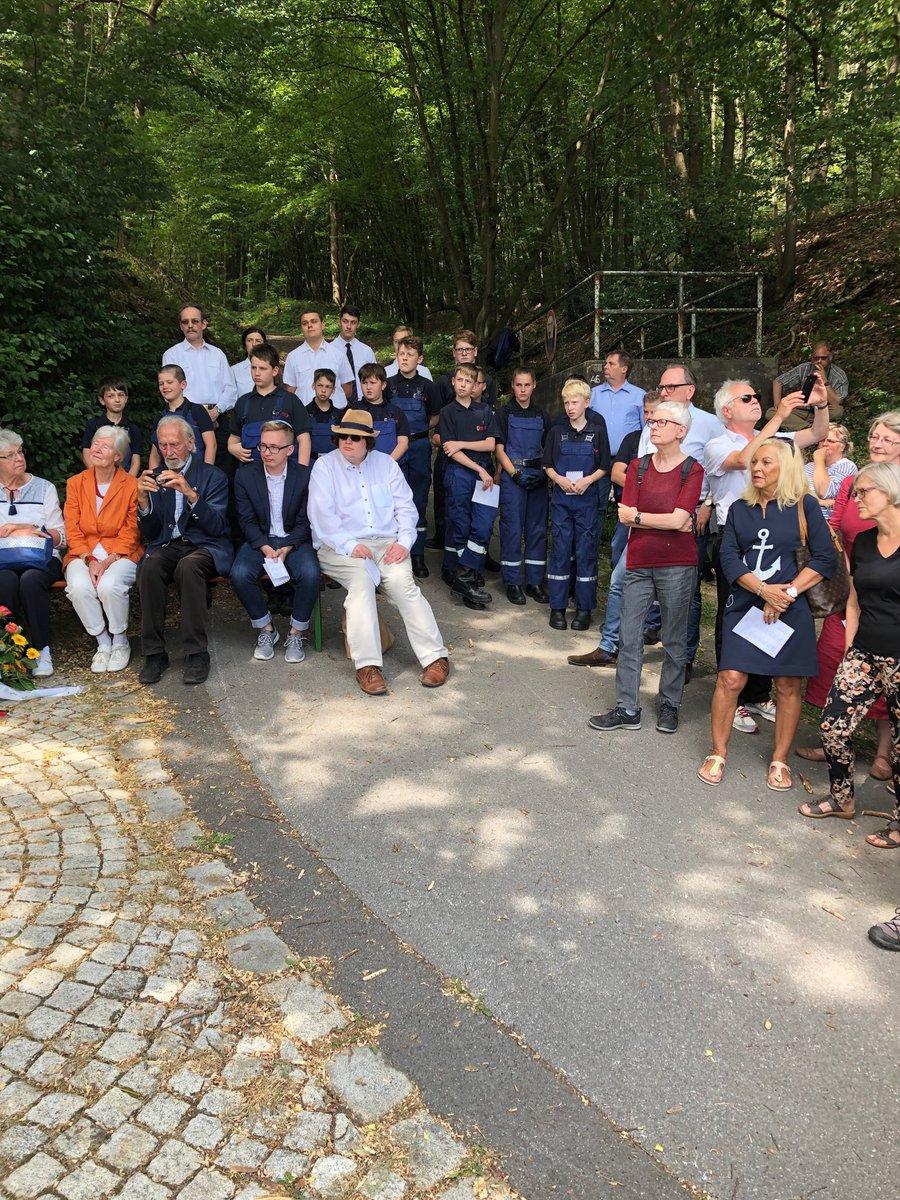 test Twitter Media - Bewegende Gedenkveranstaltung für die Opfer des KZ Kemna in Wuppertal. Herzlichen Dank dem Jugendring und den Falken für die diesjährige Ausrichtung! https://t.co/4MmpdIGHcN