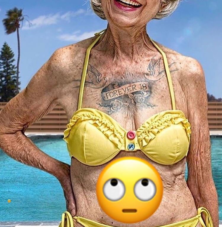 Голая Грудь Бабушек