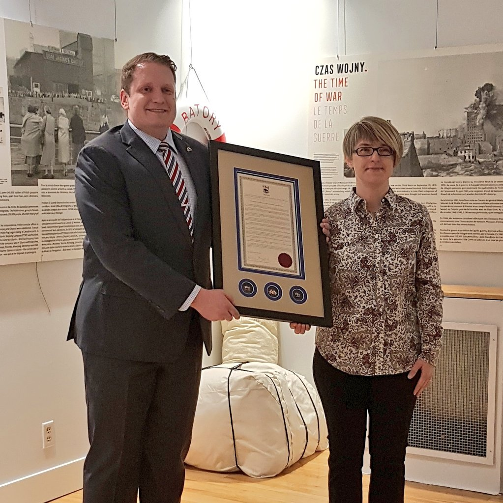 "test Twitter Media - Polish culture thrives in Winnipeg's North End and our Polish Museum @Ogniwo, and I am honoured to present a framed copy of my Resolution ""Celebrating 200 of Polish Culture in Manitoba""  Great to have @RaquelDancho join us #mbpoli #cndpoli #NorthEnd #polish #Polska 🇨🇦🇵🇱 https://t.co/FB06VlTzHM"