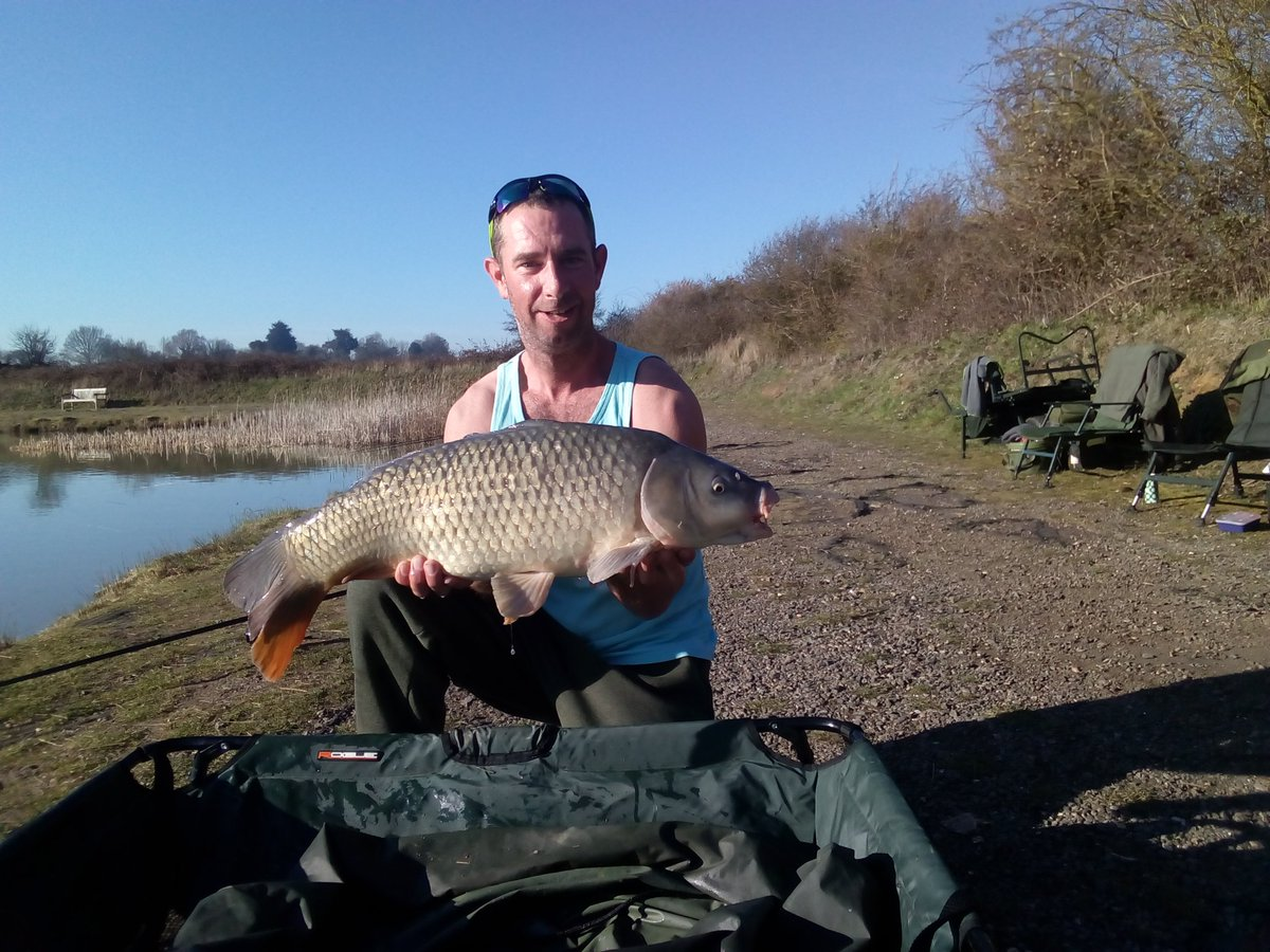 2out <b>Today</b> Happy with that #carpfishing https://t.co/GCBPEMS6w5