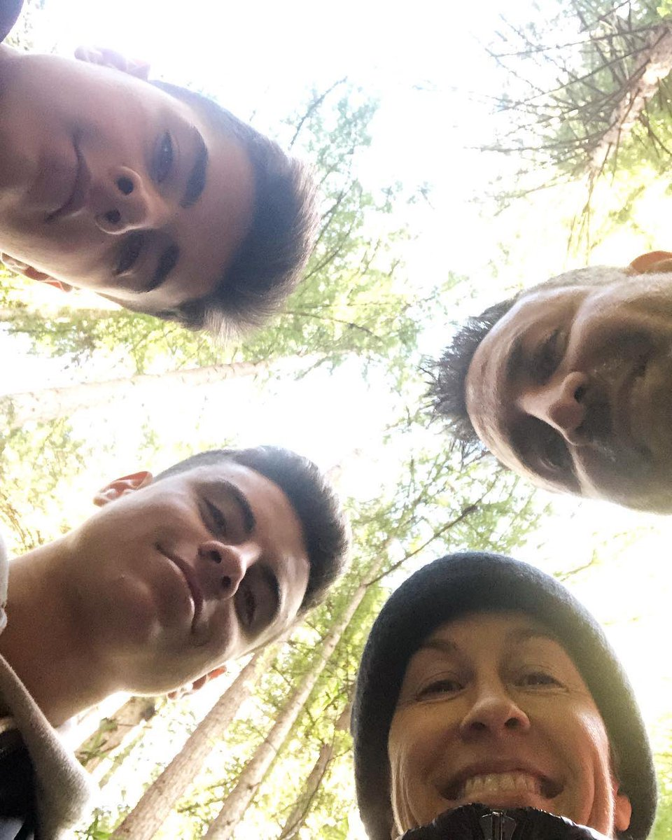 brother + nephews + 1000 year old trees = a pretty epic afternoon. ✨✨✨✨✨✨ #natureismyspiritualpractice #boyztomen ❤️ https://t.co/cE2oNHhrqK