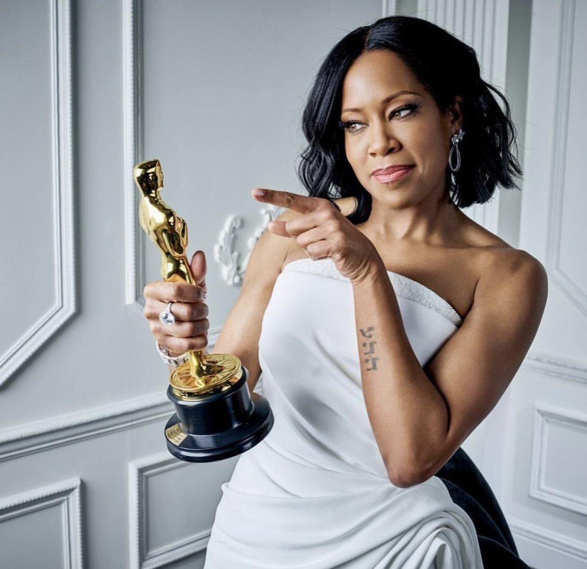 RT @AishaHinds: Joyful Congratulations @ReginaKing ✨????????❤️???????????? https://t.co/LnOsXVH1ex