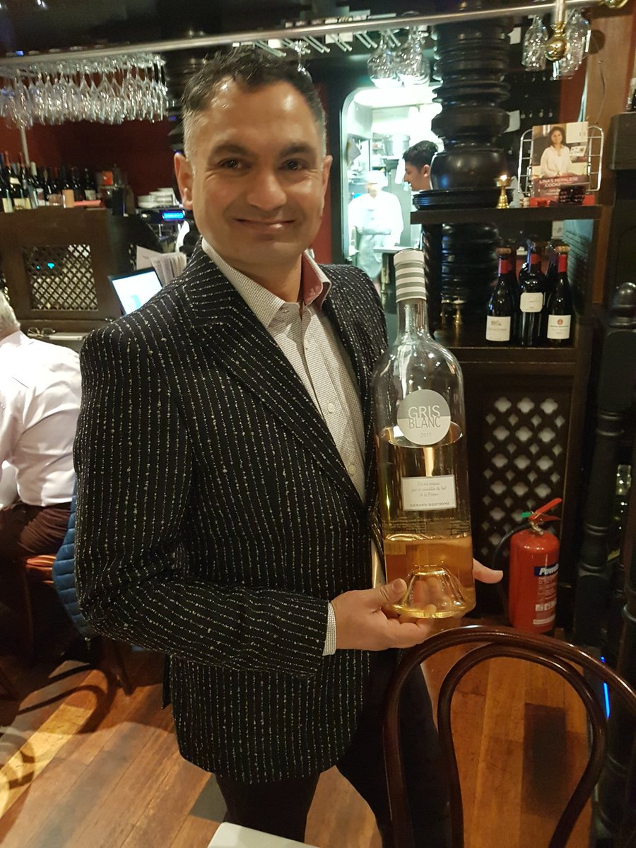 Shiva getting things started here @montysdublin2  @GBvins Wine Night. #GrisBlanc (@Anthony_OBW) https://t.co/iBs5RbiA5E