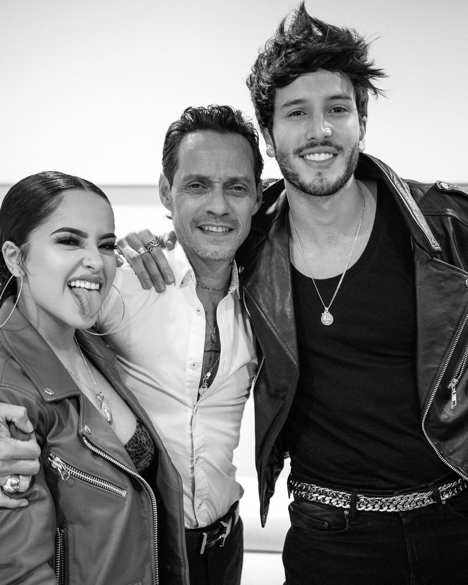 Fun Times at #Viña2019 with @iambeckyg and @SebastianYatra https://t.co/xiAJnZh4FI