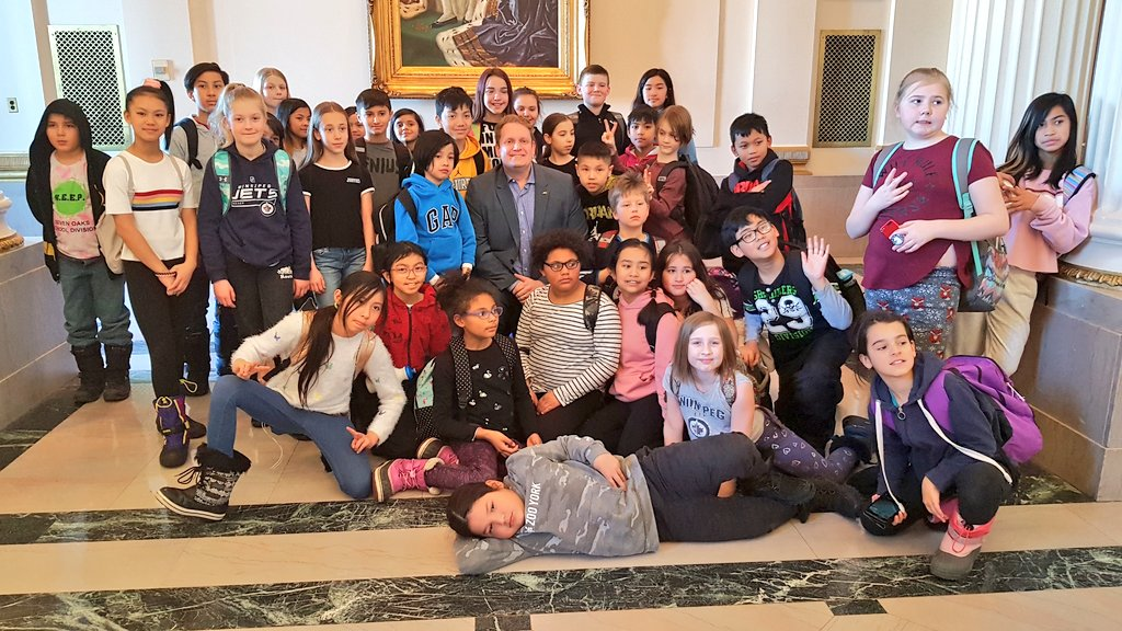 test Twitter Media - Great to see the wonderful students from Collicutt School at the Manitoba Legislative Building.  I'm glad we could answer more questions about the Golden Boy (who is only a bit taller than me)  #schooltour #mbpoli https://t.co/bs4nFaQY39