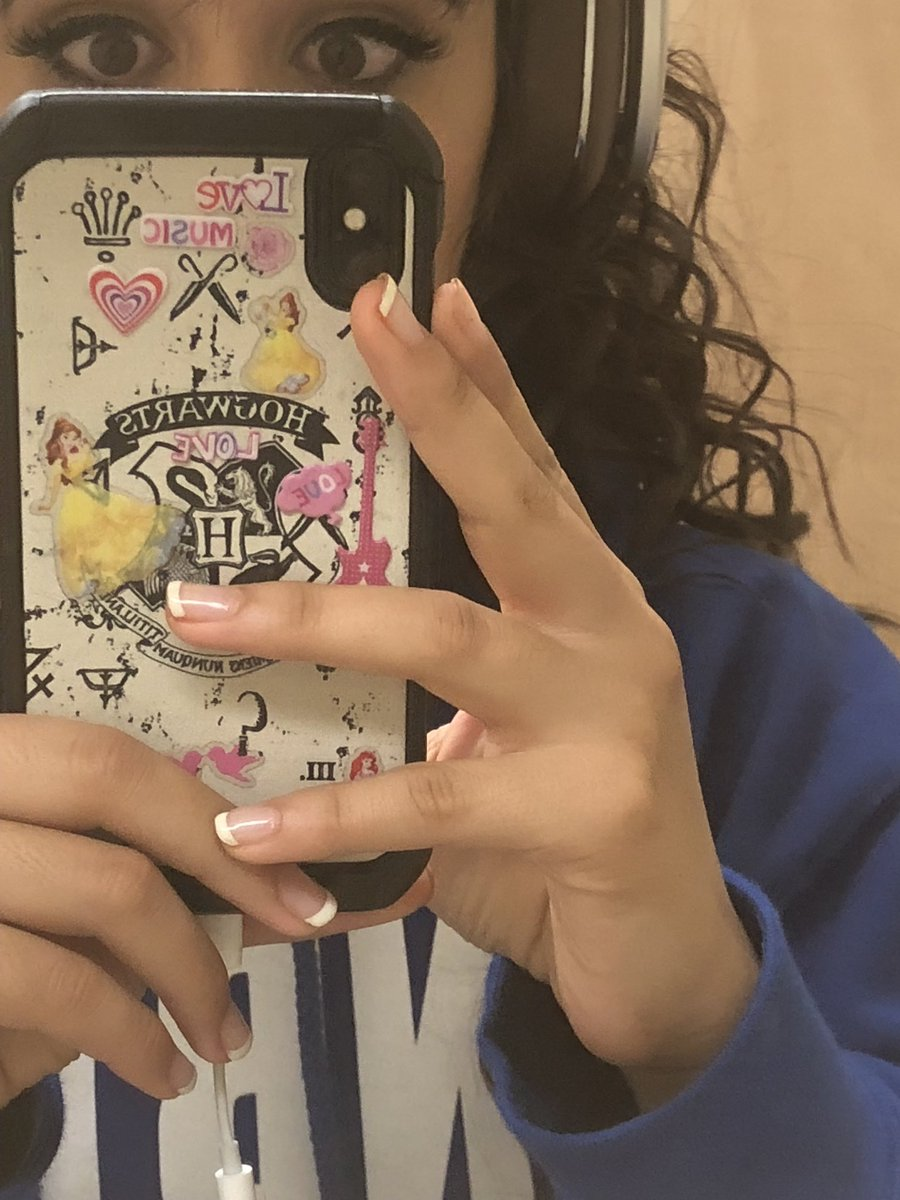 RT @Camila_Cabello: A mature 21 year old's phone case.... RT while you can https://t.co/MHZEDCN6Q3
