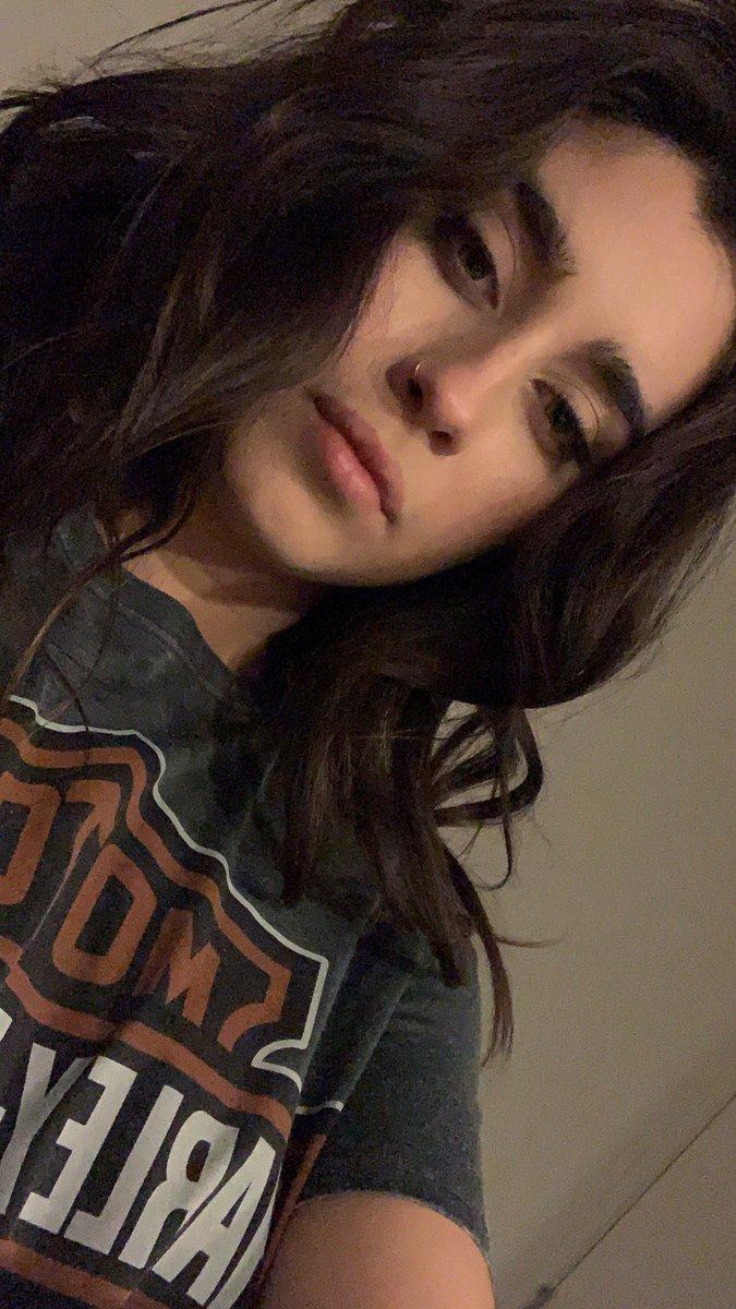 RT @crazyjaguarr: #LaurenJauregui #BestSoloBreakout #iHeartAwards https://t.co/pYTHmEtjQV