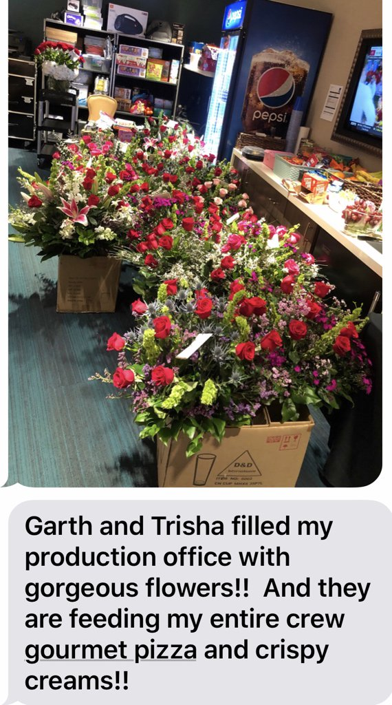 Im In Tears???? TRISHA  & GARTH ARE BEYOND KIND, GENEROUS GRACIOUS. I ❤️THEM https://t.co/FQdzvTeRKo