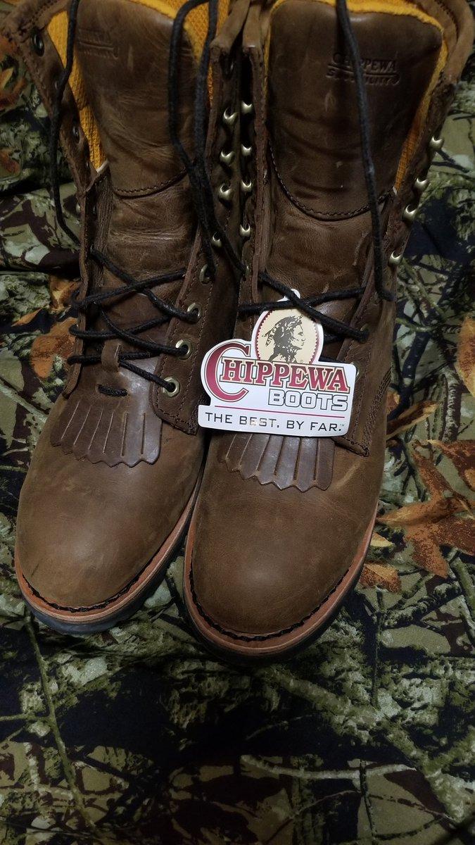 @chippewa_boots 1st pair...The best. #sierratradingpost https://t.co/CYlzJrZx4t