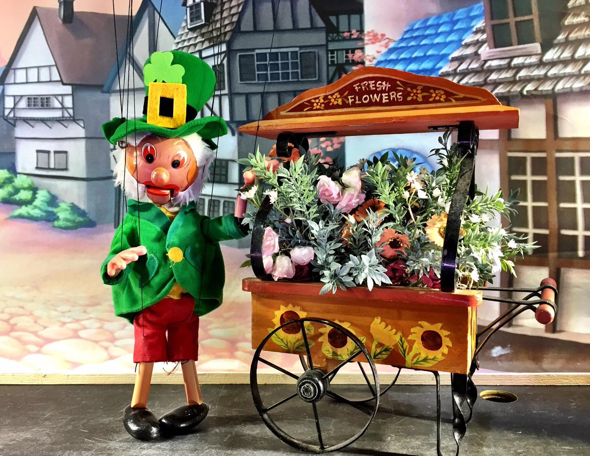 test Twitter Media - Happy St Patrick's Day to everyone! - from Michelin Bheag and all at Ireland's traveling marionette theatre. https://t.co/IuhFOwTryB https://t.co/uPfQL3uM2a