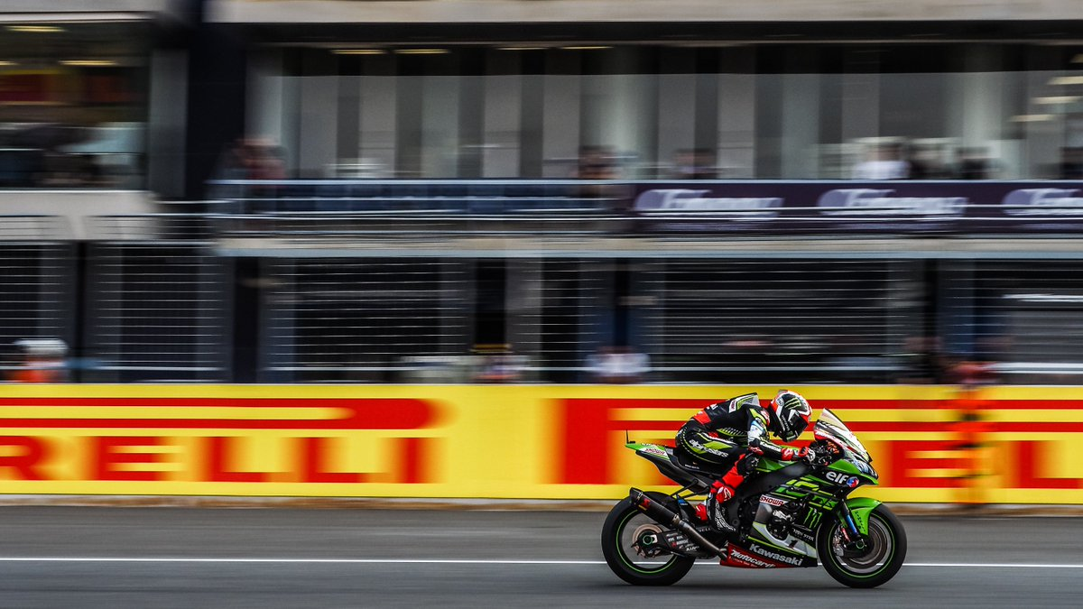 test Twitter Media - 💪 @jonathanrea 'motivated to keep working' after sixth consecutive second  #THAWorldSBK 🇹🇭  📄| #WorldSBK https://t.co/mcwOXszC3k https://t.co/3DIrBmbQl6