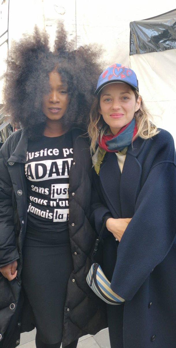 RT @laveritepradama: Assa Traoré et Marion Cotillard à la Marche pour le climat ✊️#JusticePourAdama https://t.co/6RwMpEf7Yx