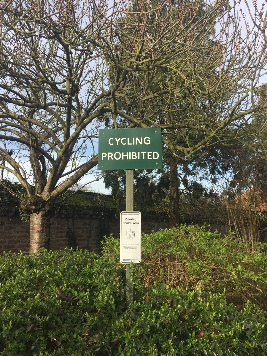 test Twitter Media - Am I right in thinking this sign is no longer valid in #BroomfieldPark? @CycleEnfield https://t.co/WM0dkeGUK7