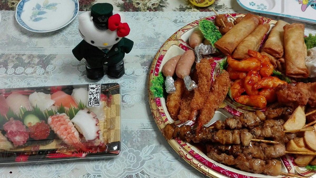 test ツイッターメディア - おはようございます😃 体調は大分、回復しました😄 だけど、まだ万全ではないから、ぶり返さないように気をつけなければ…😓 皆様、ご心配おかけしました🙇  京阪キティ「昨日はお店の定休日で、みどり家の親戚多数来訪や。お寿司🍣とオードブル🍗で、おもてなしやで〜😋」 https://t.co/Olm45ZYllk