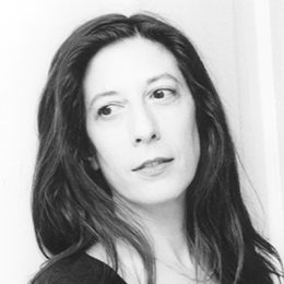 "test Twitter Media - ""I consider rhythm to be a nonverbal (pre-linguistic) narrative force""  Read a Q & A with American poet Phillis Levin https://t.co/Gii9jABixL   Book now to see Phillis Levin & Mark Ford read at the Poetry Café 22nd March https://t.co/Qw2pHbrBvt https://t.co/0kc7FesUCo"