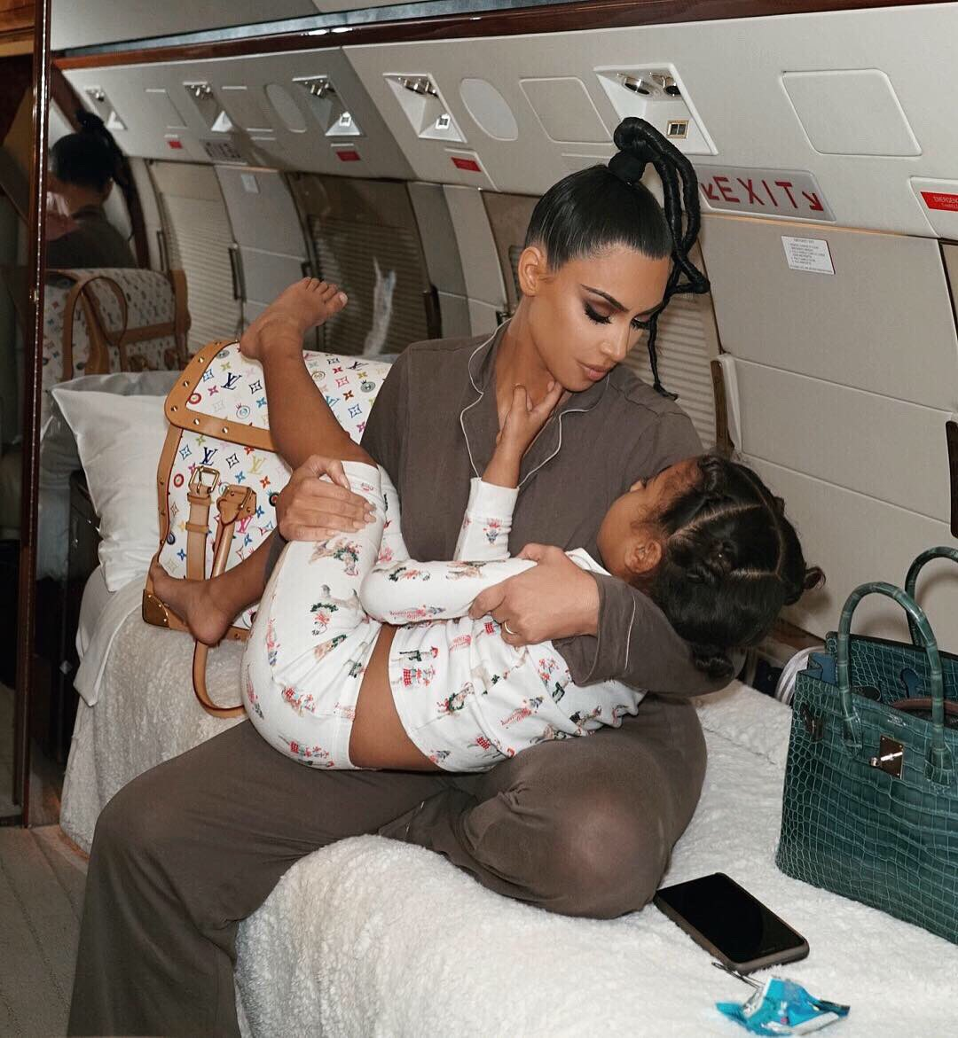 I miss my babies! I took North with me to Montreal last week ✈️???? https://t.co/avqxh8NJDt