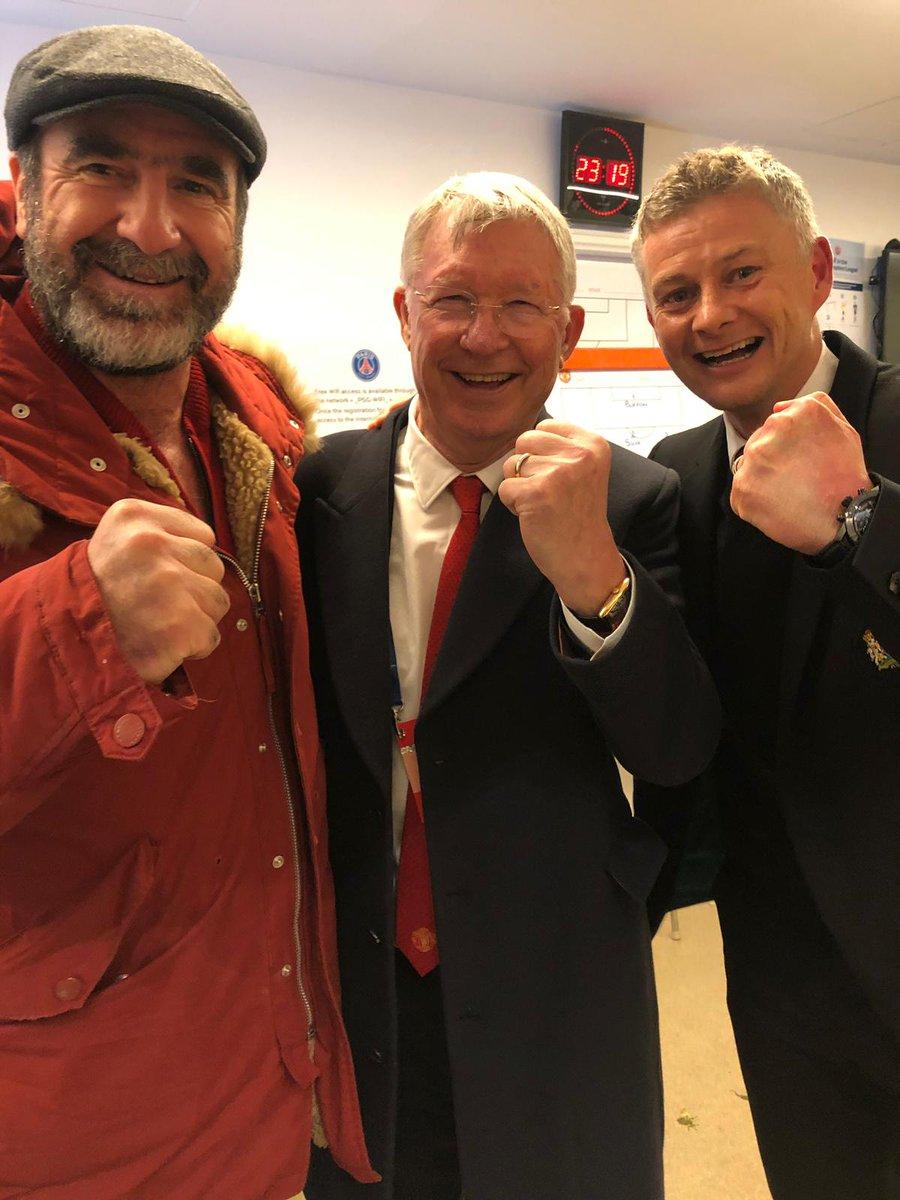 RT @ManUtd: Legends. ✊  #MUFC https://t.co/l7x74snTs6