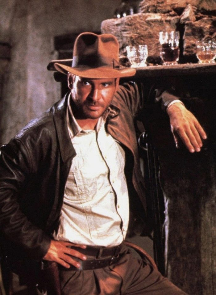 Indiana Jones in a tux, a suit or the leather?  Talk amongst yourselves... https://t.co/Ev5TbXs5Zd