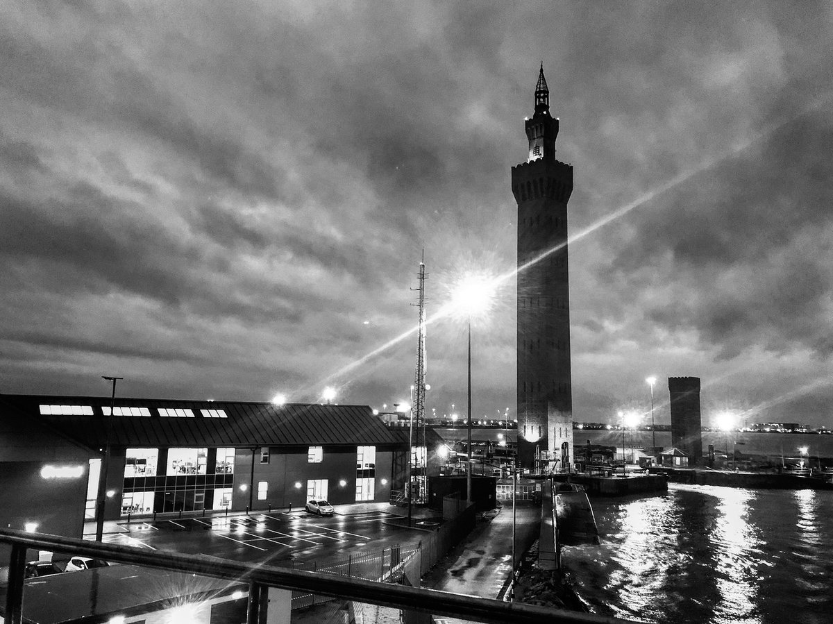 test Twitter Media - The Port of Grimsby tonight #winter #weather #bnw https://t.co/OEMGrCichj