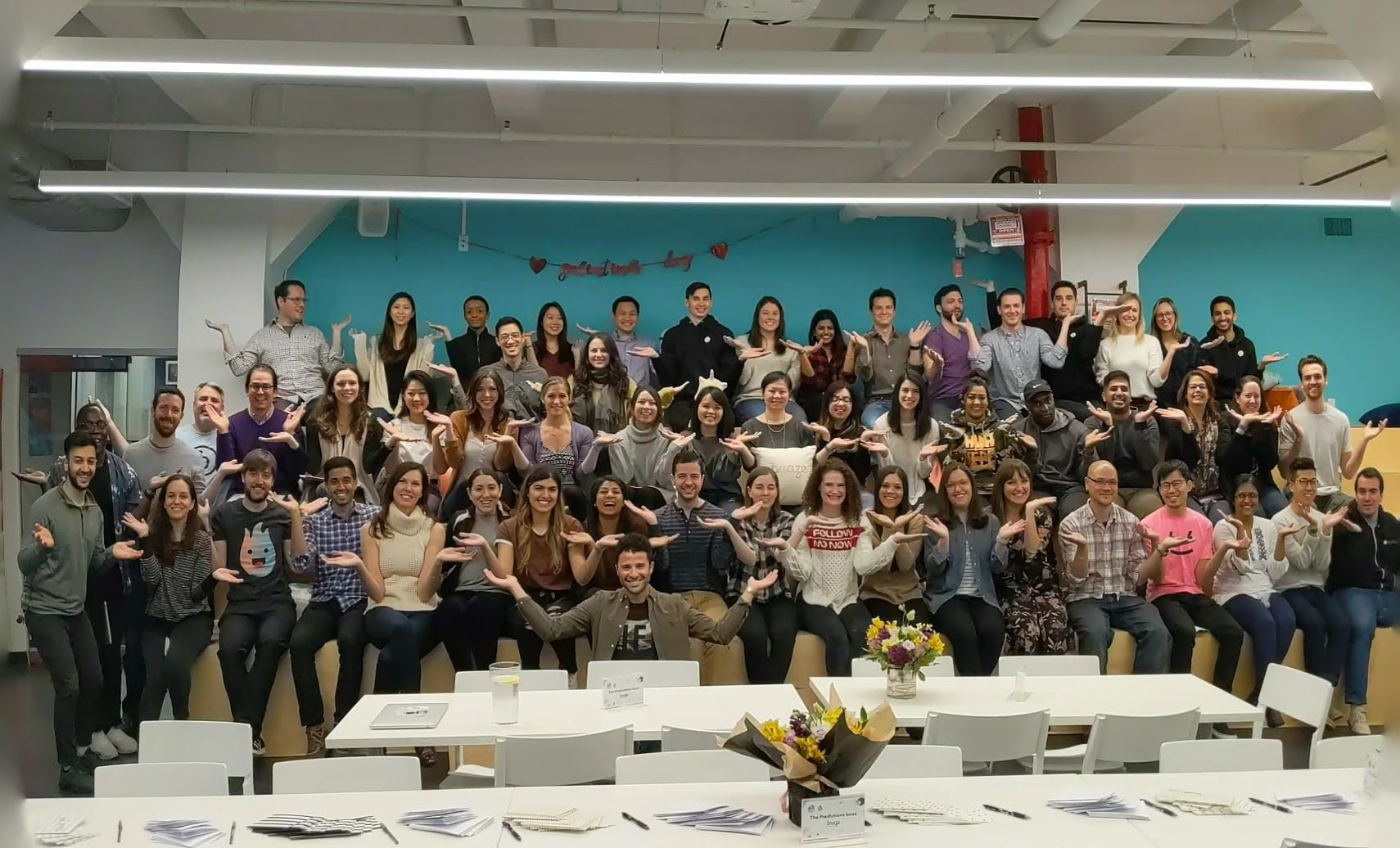 Happy #InternationalWomensDay from our NYC, San Francisco, London, and Singapore teams! We #BalanceForBetter by empowering Braze women in their careers & advocating for a more gender-balanced community. #IWD2019 https://t.co/zq1Kxvj3Xo