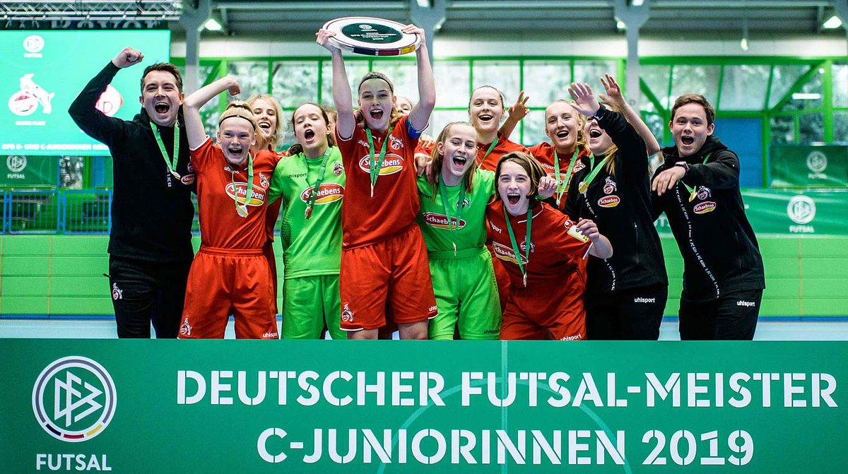 DFB-Futsal-Cup: Zweiter Titel für C-Juniorinnen des @fckoeln ➡ https://t.co/ofd19RbyvE #Futsal #DFB https://t.co/9iBJdFG62u